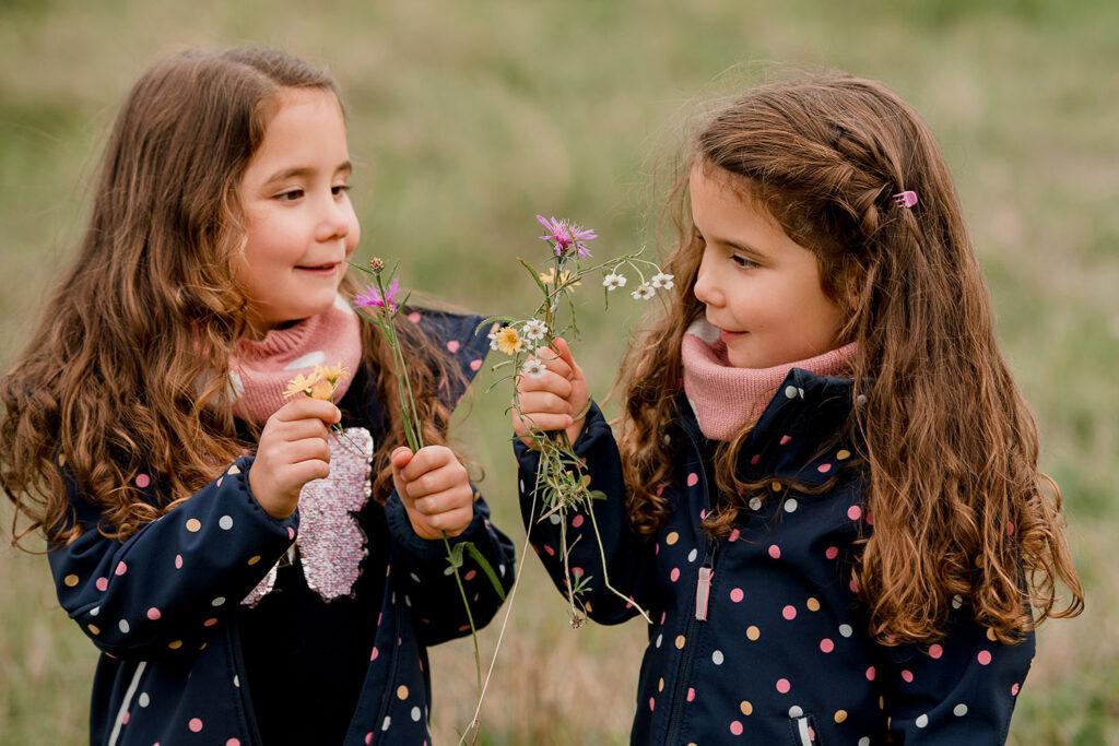Schwestern Zwillinge